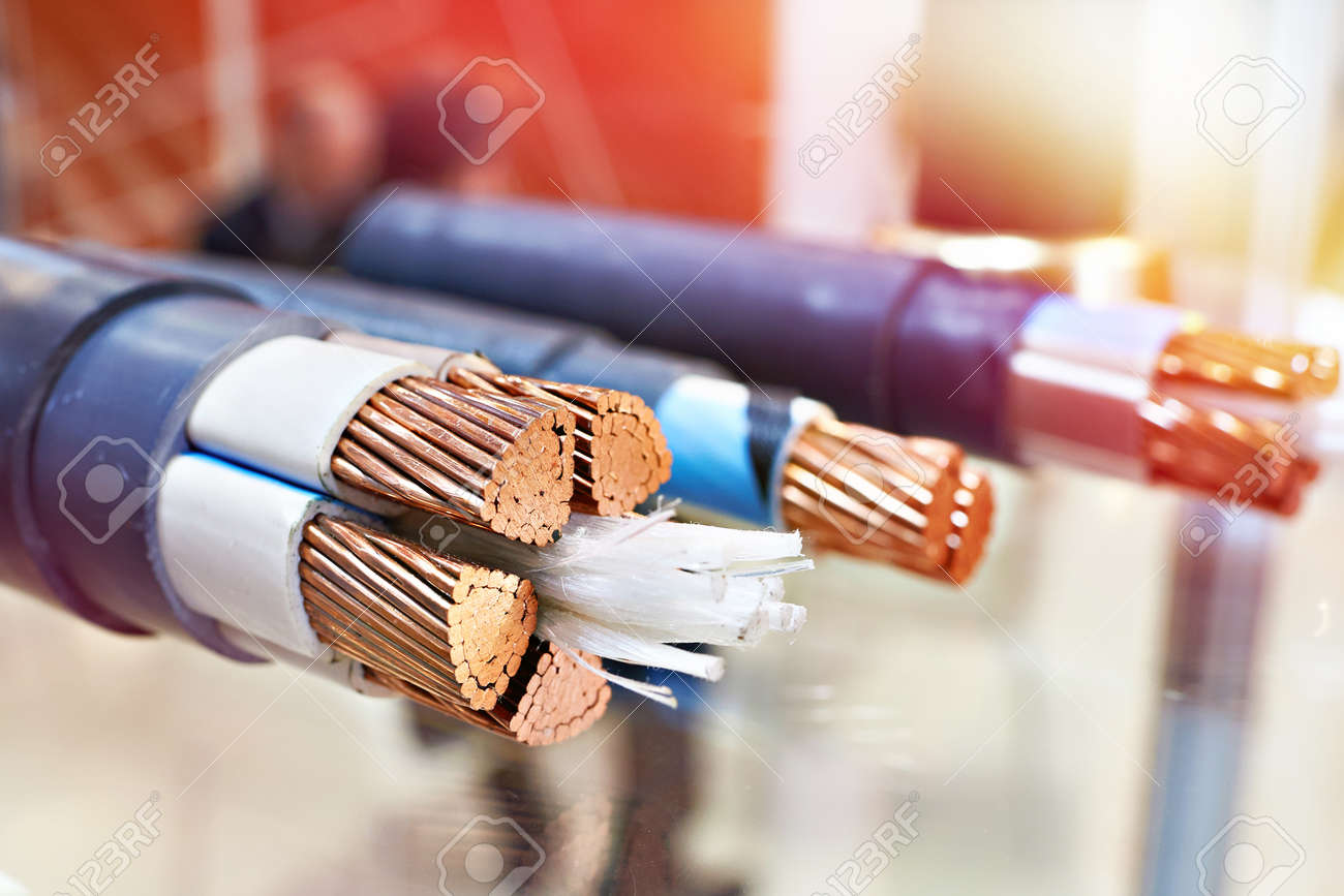 Enjoyable Large Copper Power Cable In Section Closeup Lizenzfreie Fotos Wiring Digital Resources Indicompassionincorg