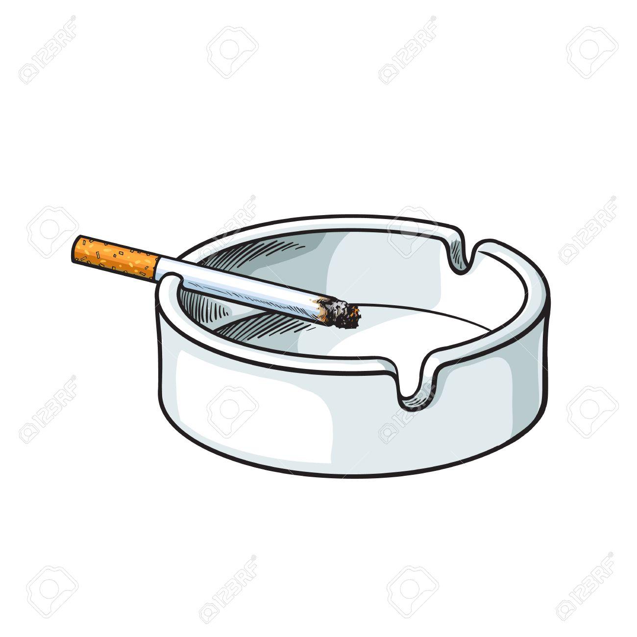 Blanc Cendrier En Ceramique Propre Et Vide Avec Une Seule Cigarette