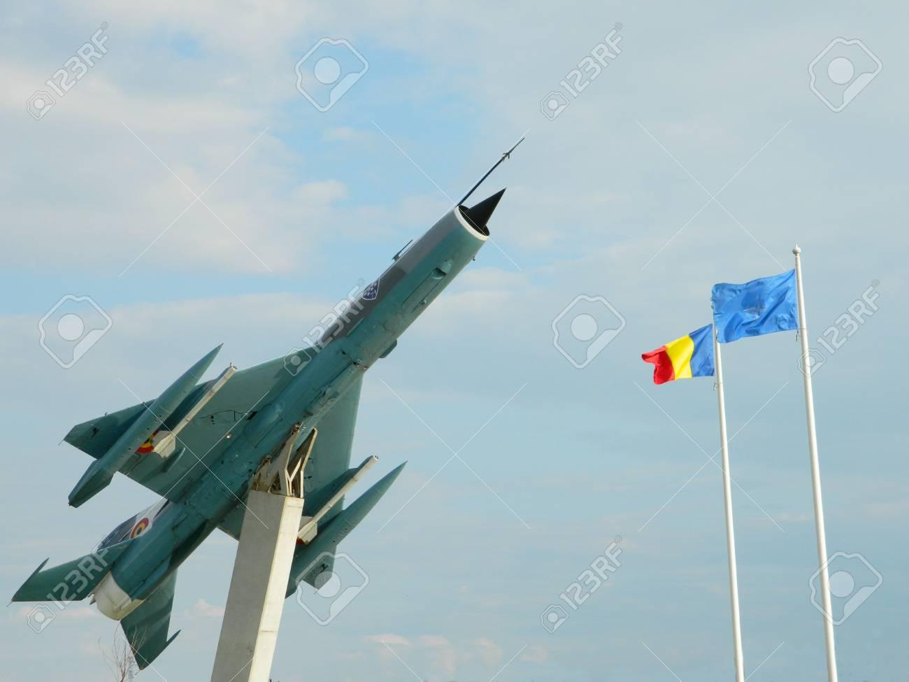 Aereo Da Caccia Oggi : La gazzetta dello sport presenta modellini di aerei da guerra
