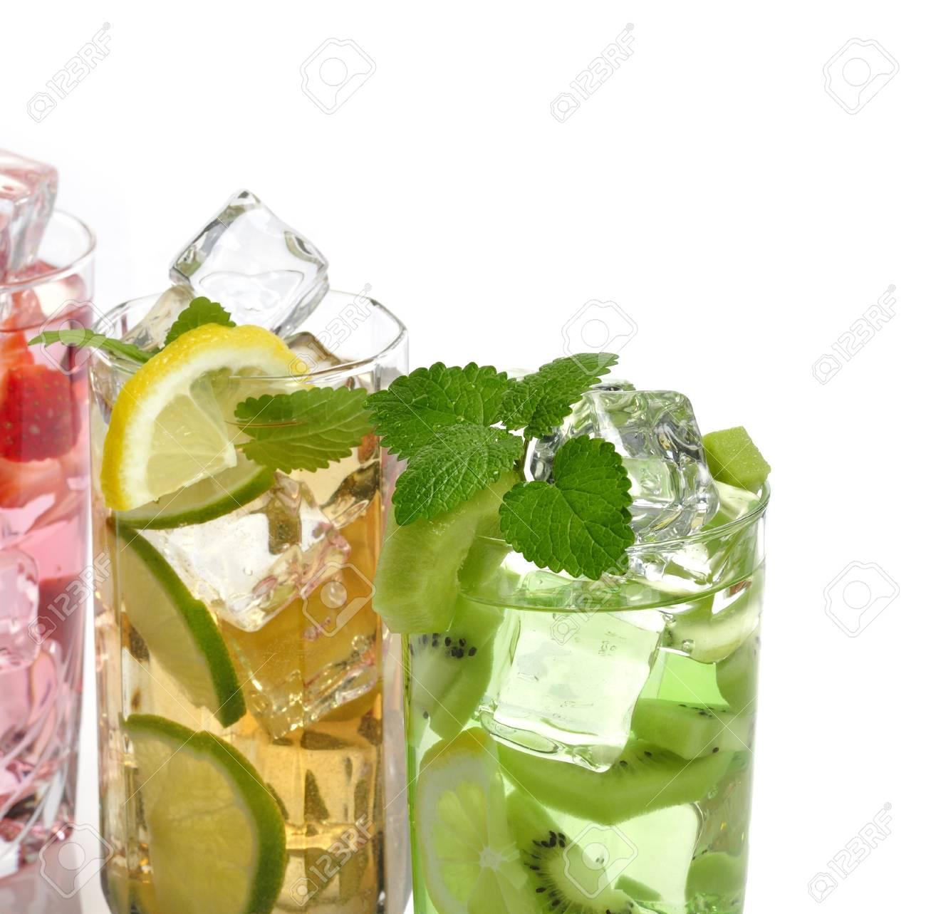 Sortiment Von Obst Kalte Getränke Lizenzfreie Fotos, Bilder Und ...
