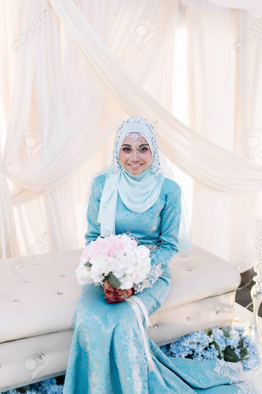 Contemporary Islamic Wedding Dress Photos - All Wedding Dresses ...