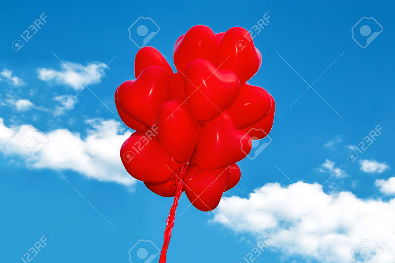 Set of Air Balloons. Bunch of multicolored balloons on sky background. Love. Holiday celebration. Valentine's Day party decoration. - 165735576