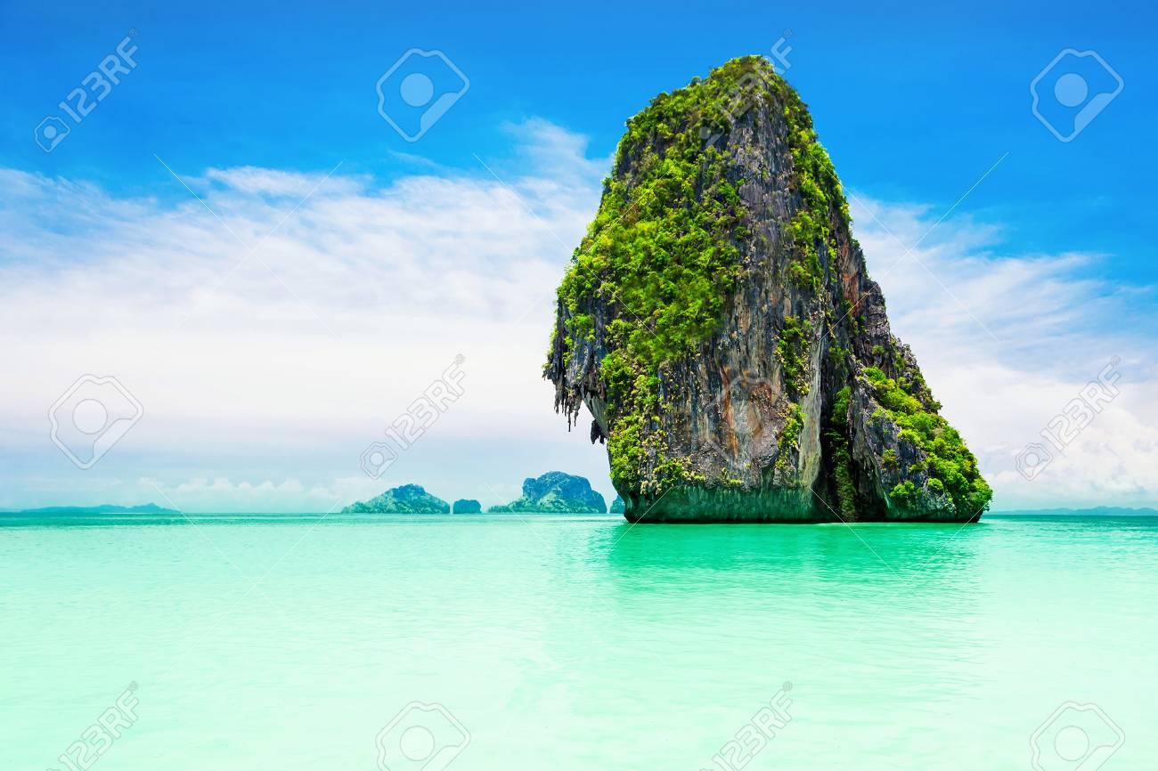 Beaty limestone rock in the ocean Stock Photo - 22100819