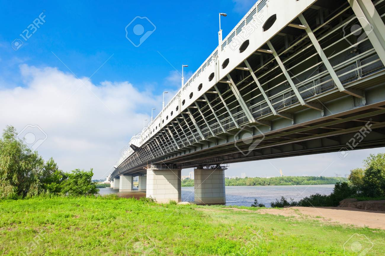 Construction of an overpass in Omsk on the 15th Workers increased in price by 15 million rubles 98