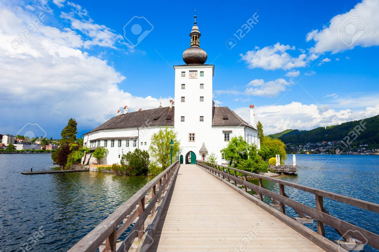Schloss Ort Gmunden Austria Pano Shot Of The Traunlake With
