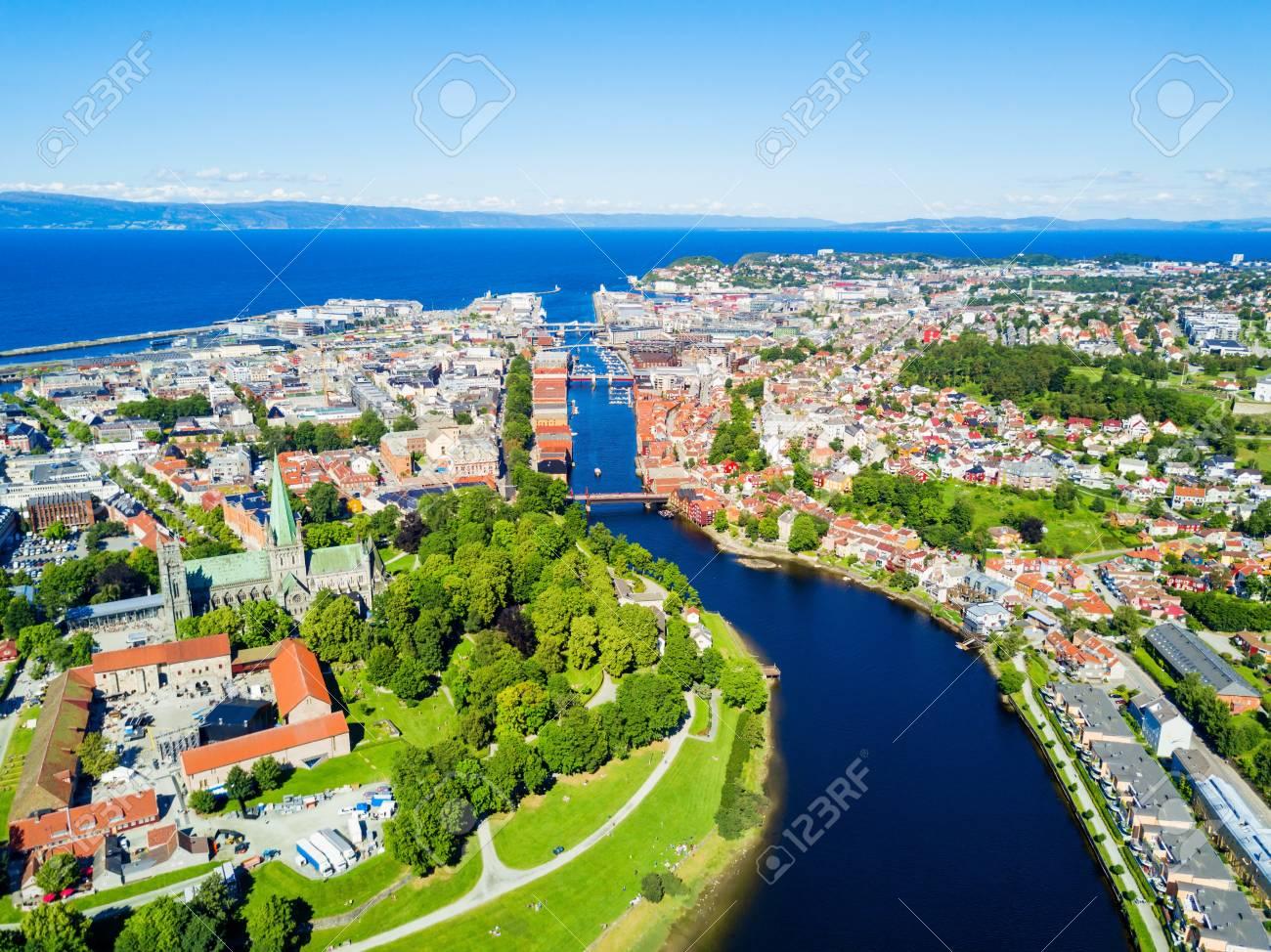 Immagini Stock Vista Panoramica Aerea Della Città Di Trondheim
