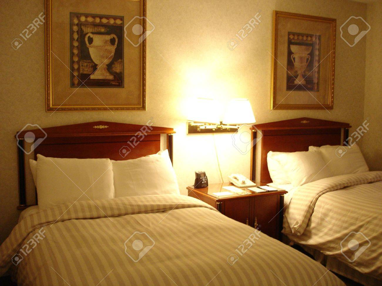 Modern Bedroom Stock Photo - 568561