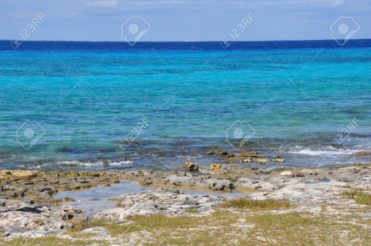 Beach in Cozumel, Mexico Stock Photo - 16966312