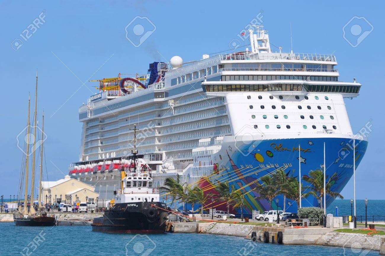 Norwegian Breakaway NCL S Newest And Largest Cruise Ship Stock - Norwegian breakaway cruise ship