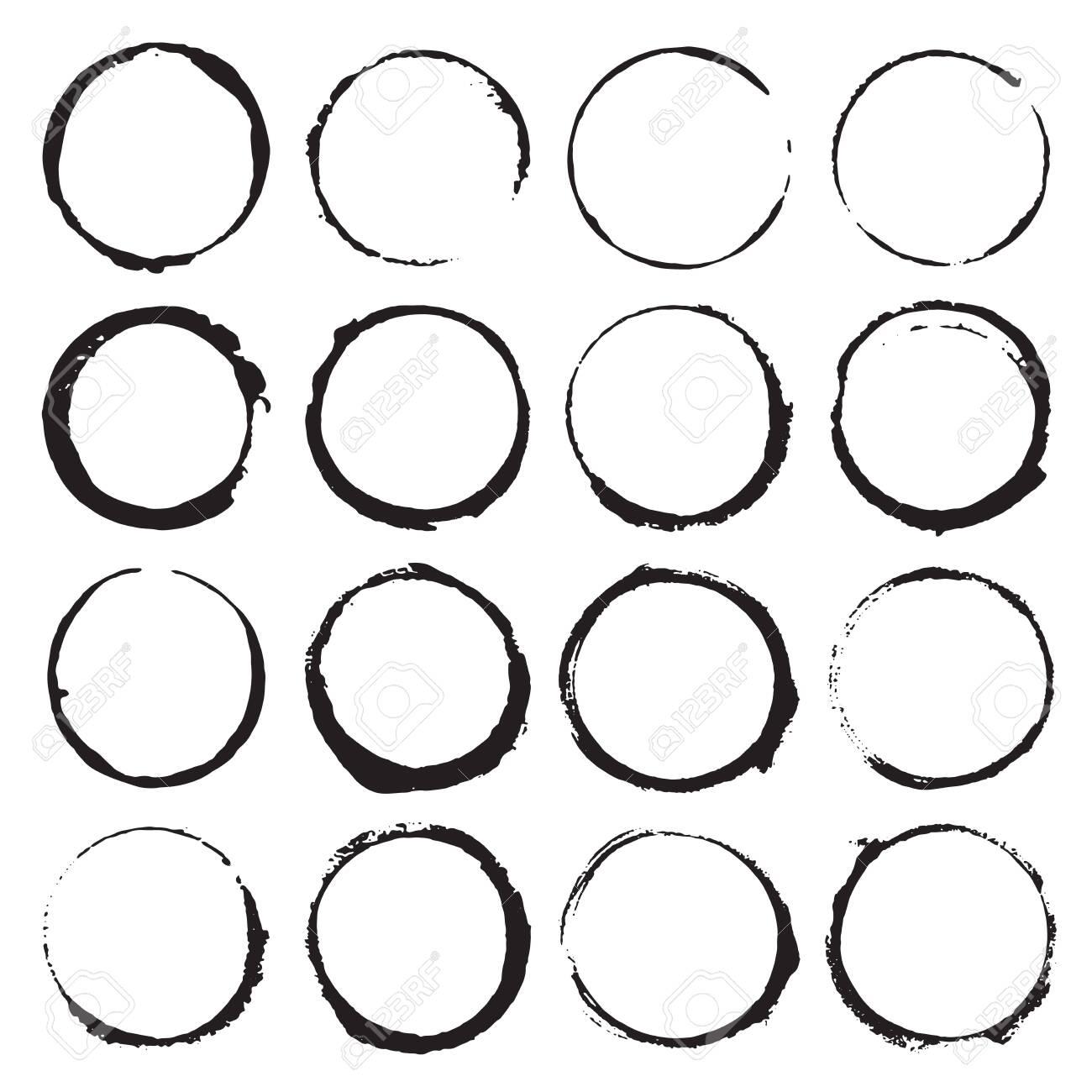 Round Frames, grunge textured hand drawn elements set, vector illustration. - 123084708