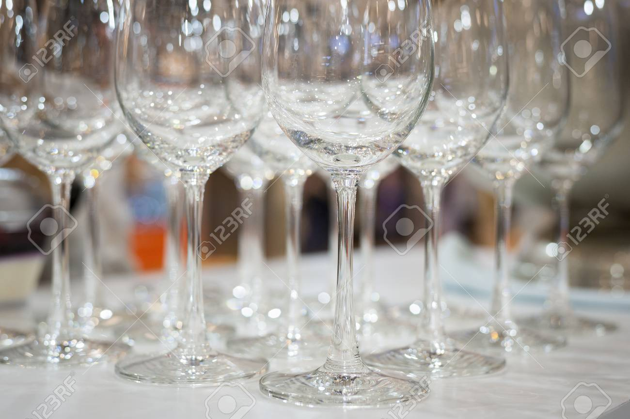 Champagne Glasses For Wedding Setup