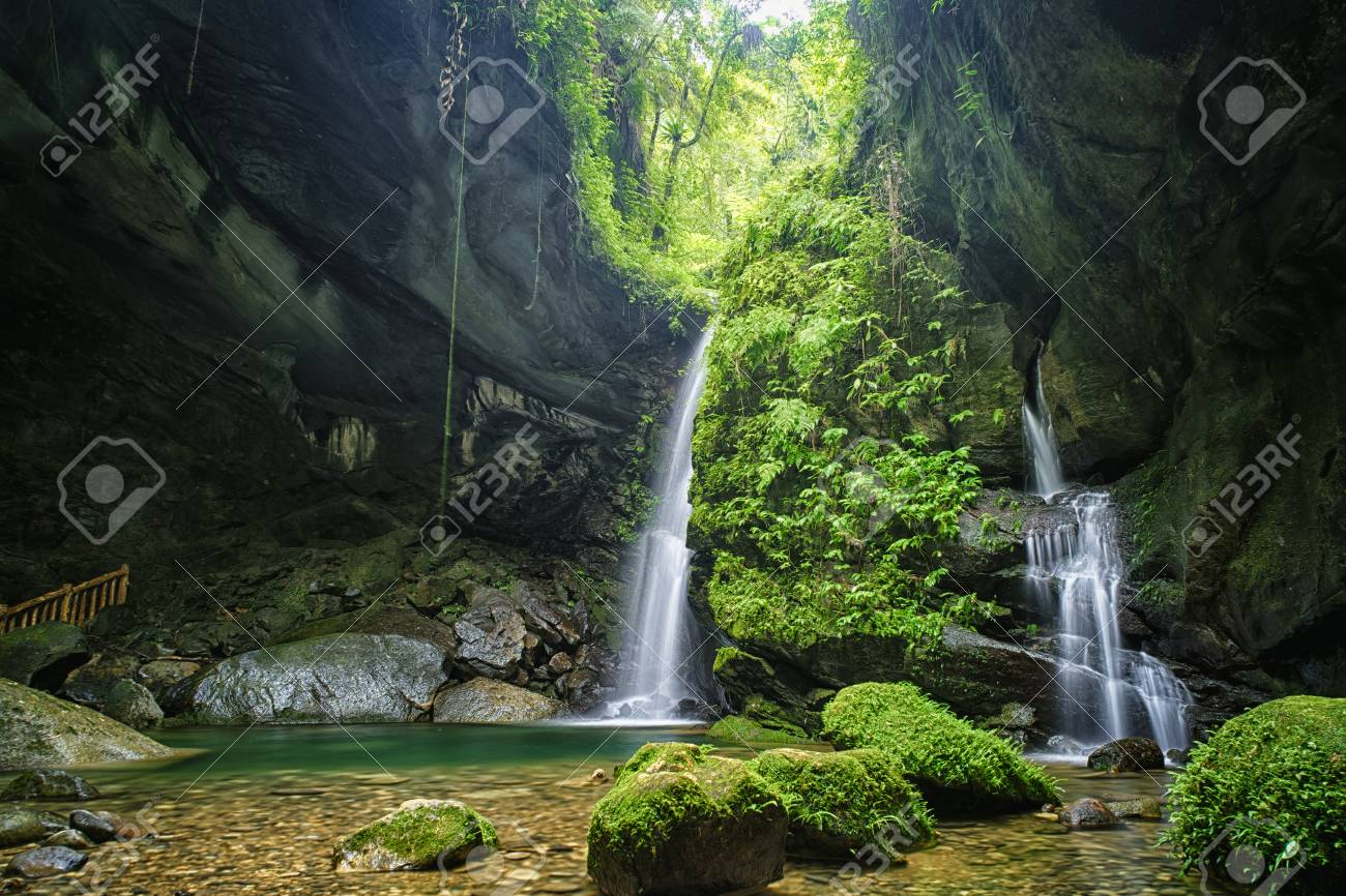 Sanmin Bat Cave in Fuxing District, Taoyuan, Taiwan. - 102900773