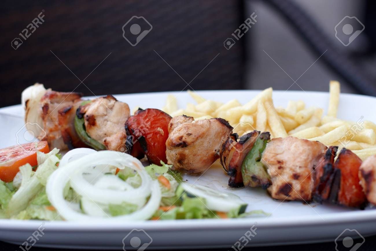A bar meal   food nicely presented Stock Photo - 10809487
