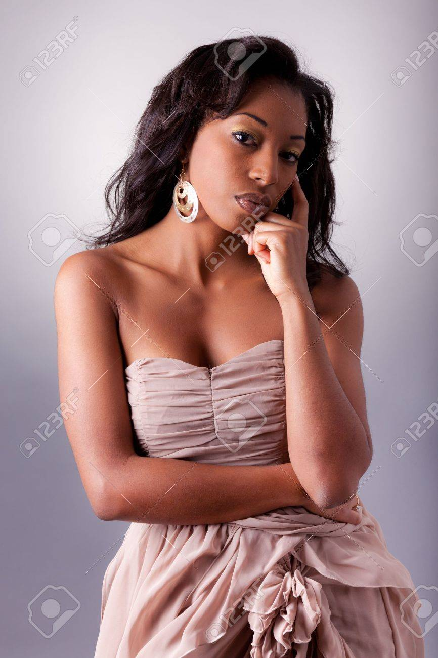 Young beautiful African woman posing Stock Photo - 11331364