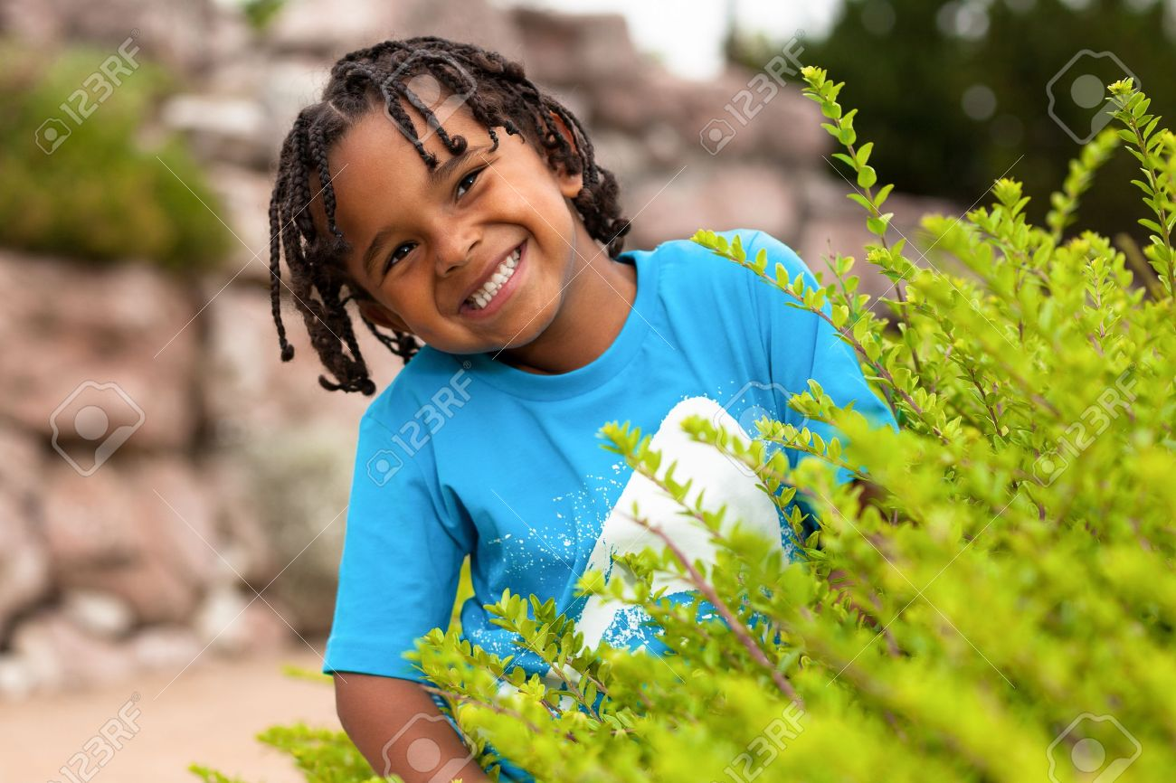 Outdoor portrait of a cute african american little boy Stock Photo - 14235061