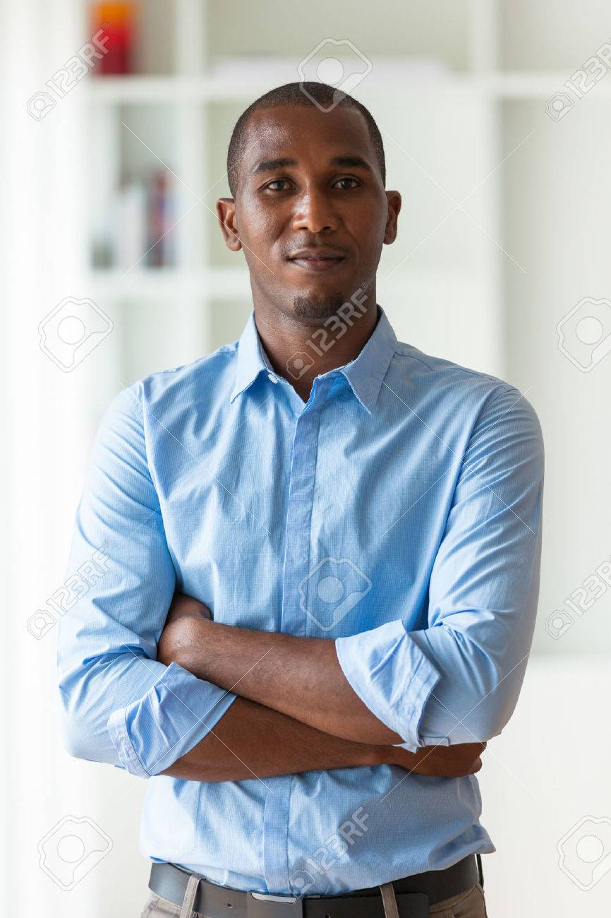 Portrait of a young African American business man - Black people - 43561071