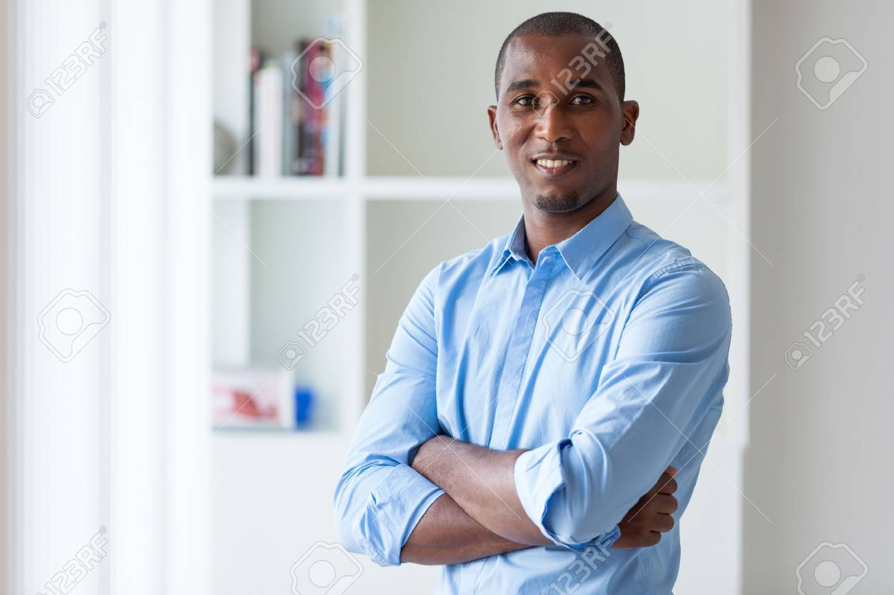 Portrait of a young African American business man - Black people - 43729024