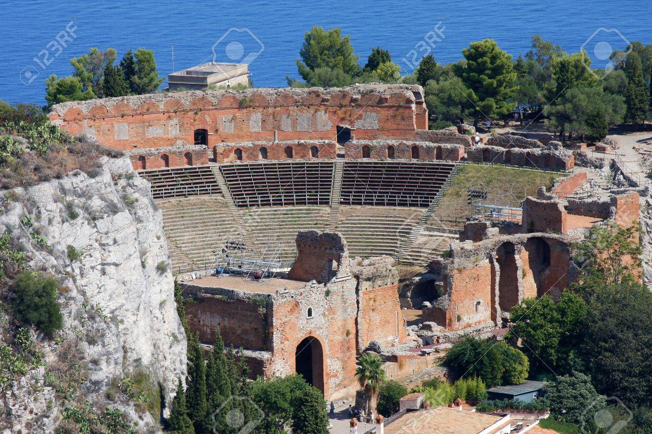 Taormina theater in Sicily, Italy Stock Photo - 12159291