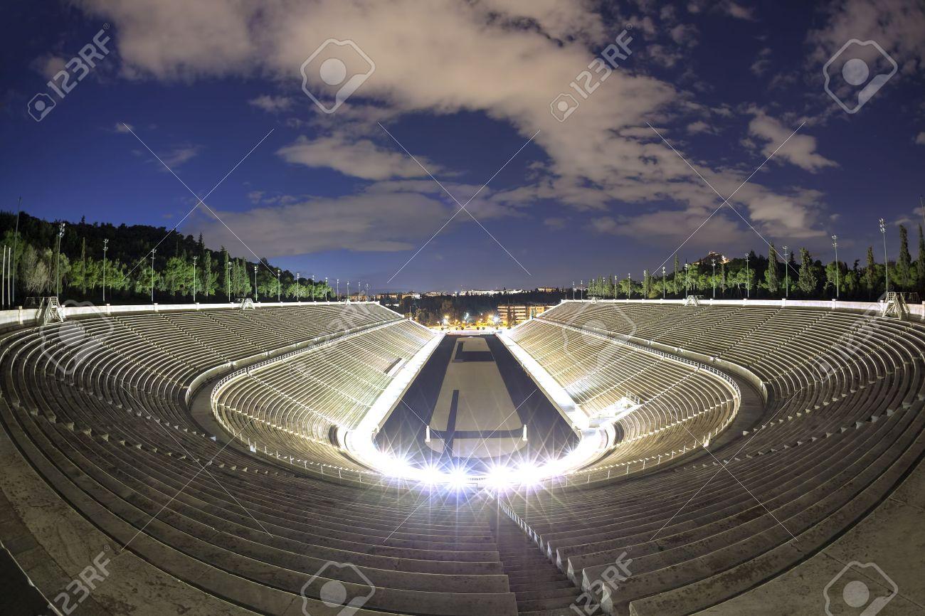 estadio en atenas grecia sede de los primeros juegos olmpicos modernos en