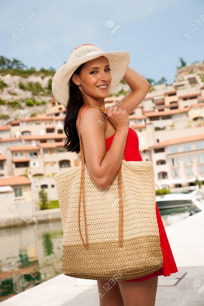 Hot Un Stock >> Wman Walks A City On The Beach On Hot Summer Day Un Beautiful