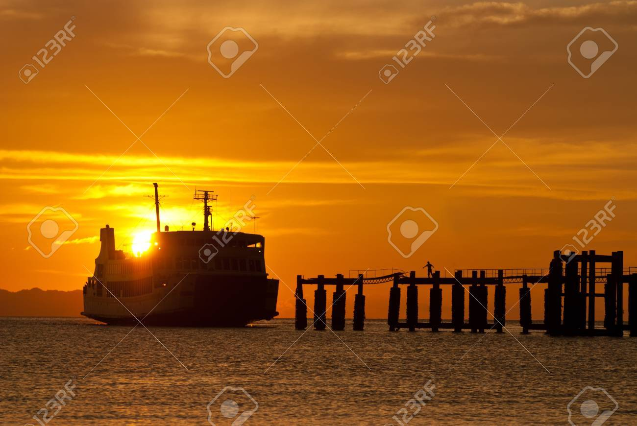 ferry boat to samui during sunset Stock Photo - 8749751