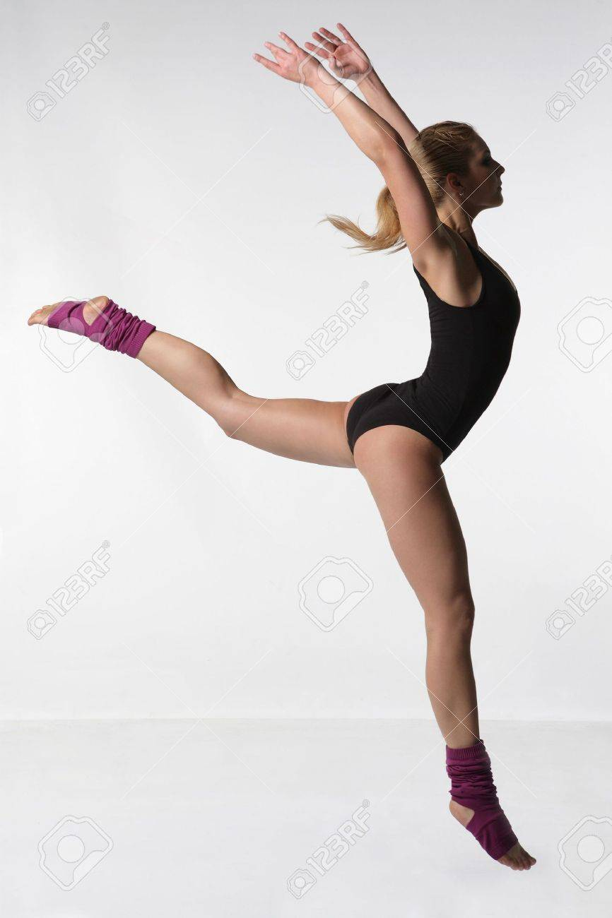 young female dancing jazz modern dance Stock Photo - 3029712
