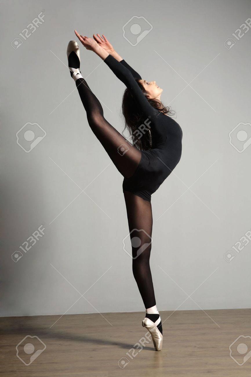 Фото балерин в зале 10 фотография