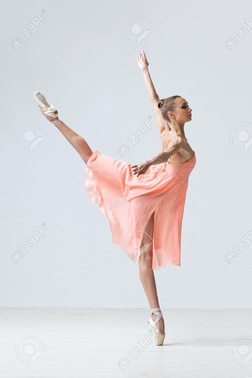 тех балетные позы в шопенке для фото сохраняют ноги тепле