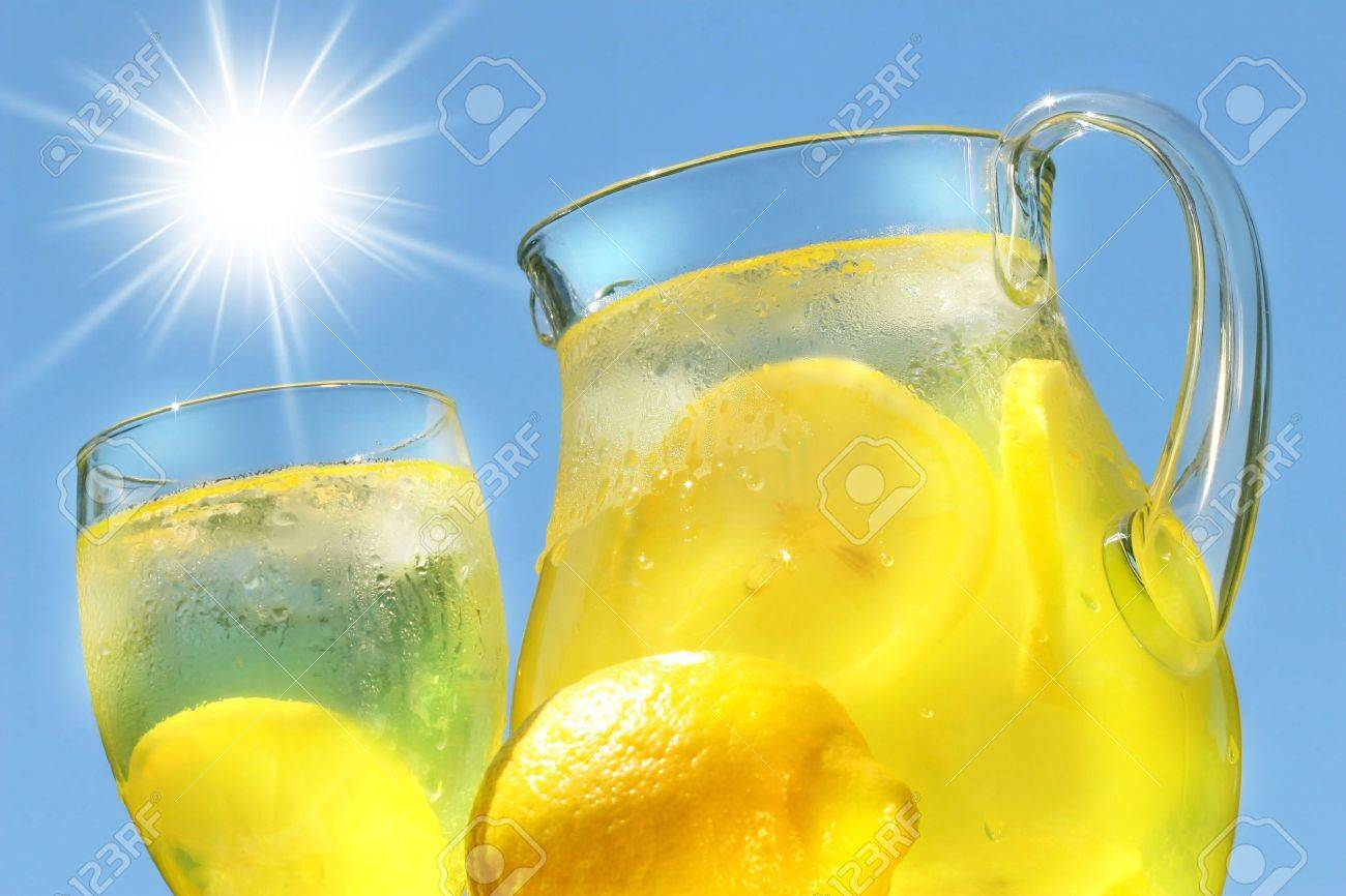 Cool lemonade on a hot summer day Stock Photo - 2522446