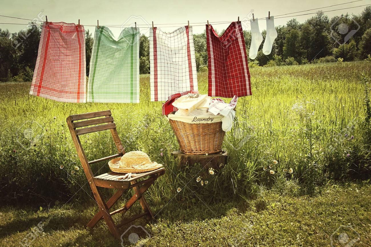 洗濯物干し綱に洗濯と日 ロイヤ...