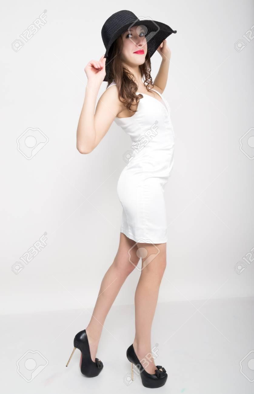 Vestiti Eleganti Bianco E Nero.Thed4fe Bella Donna Bionda Sexy In Vestiti Eleganti In Pois