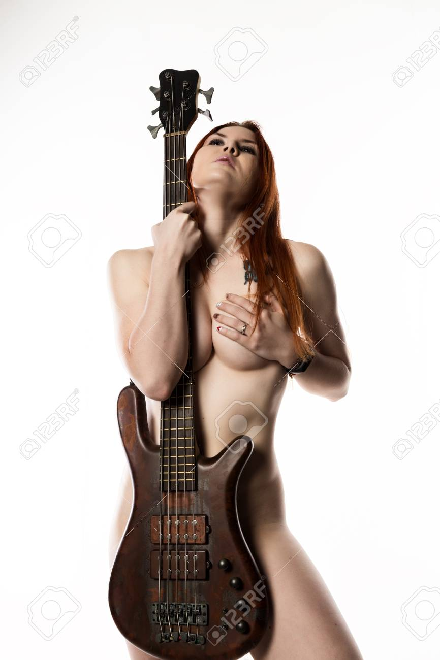 sexey-nude-women-with-bass-guitar-heighted