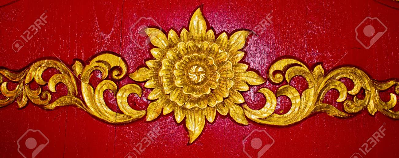 Thai carve on the wall in the temple, Chiangmai, Thailand. Stock Photo - 12184143