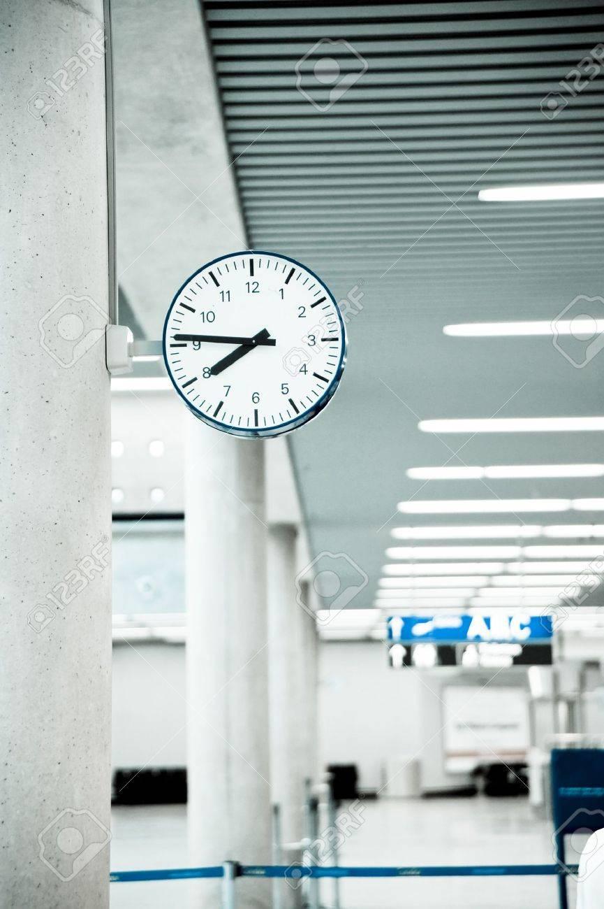 Public Clock In Frankfurt Airport With Copyspace Stock Photo - 7474307