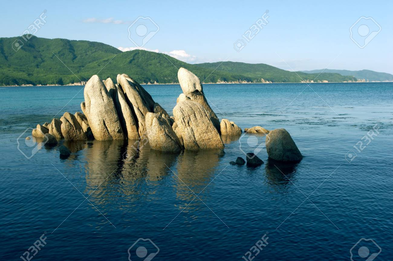 Stones at coast of the Japanese sea Stock Photo - 488940
