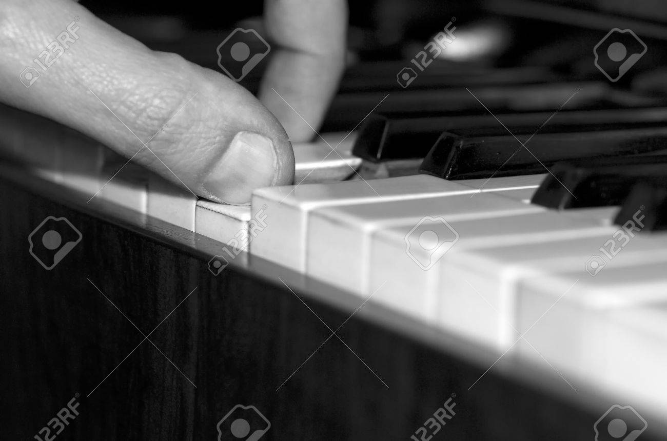 piano player 2 Stock Photo - 7577196