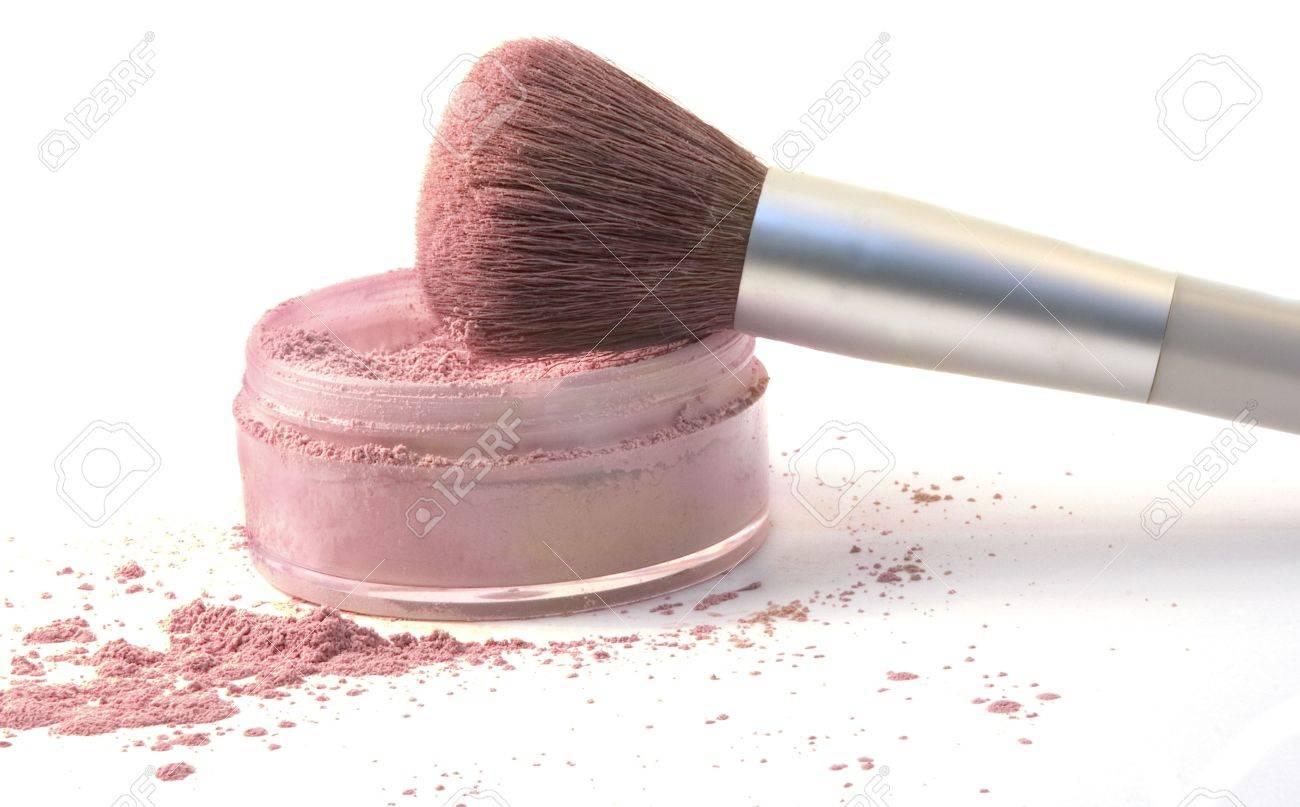Make-Up Brush in Blush Powder - 5697426