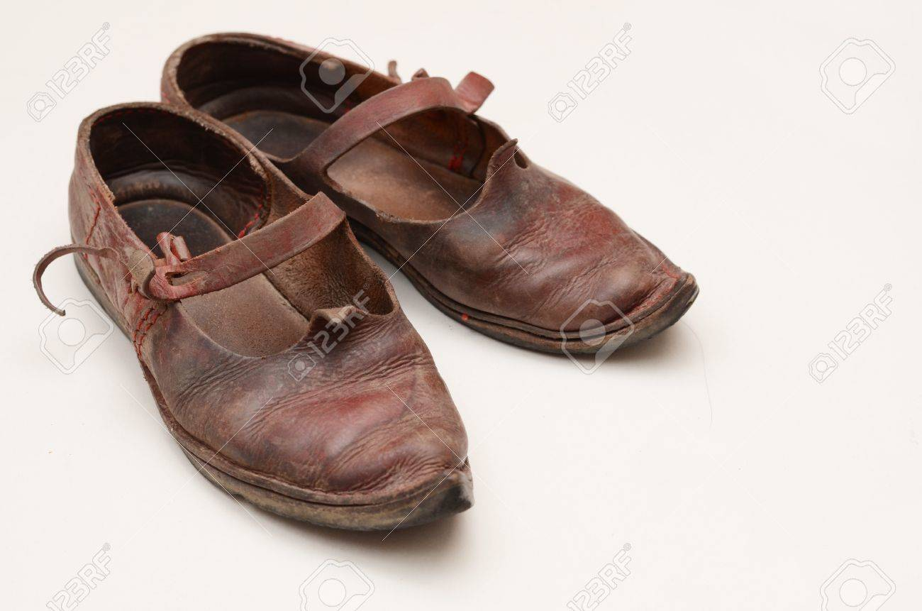 a04daea23761c dirty historical shoes