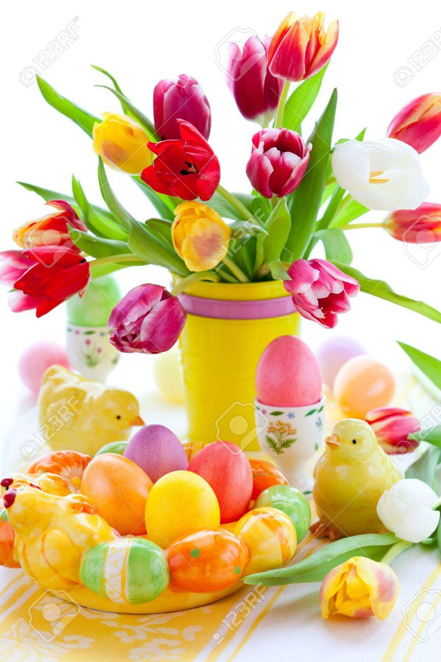 Easter Table Decorations With Tulips And Easter Eggs Stock Photo ...