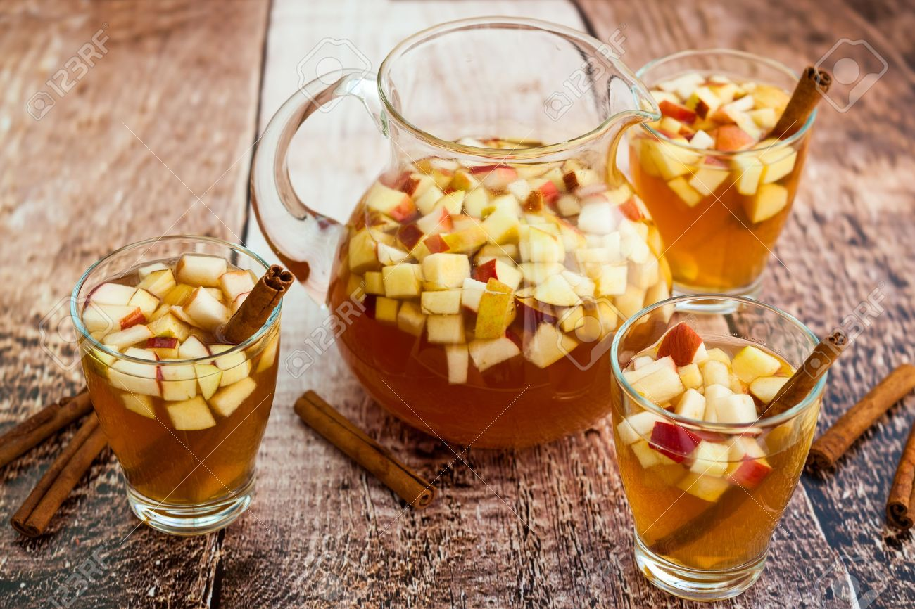 Autumn sangria with apples,pears and cinnamon - 44468811