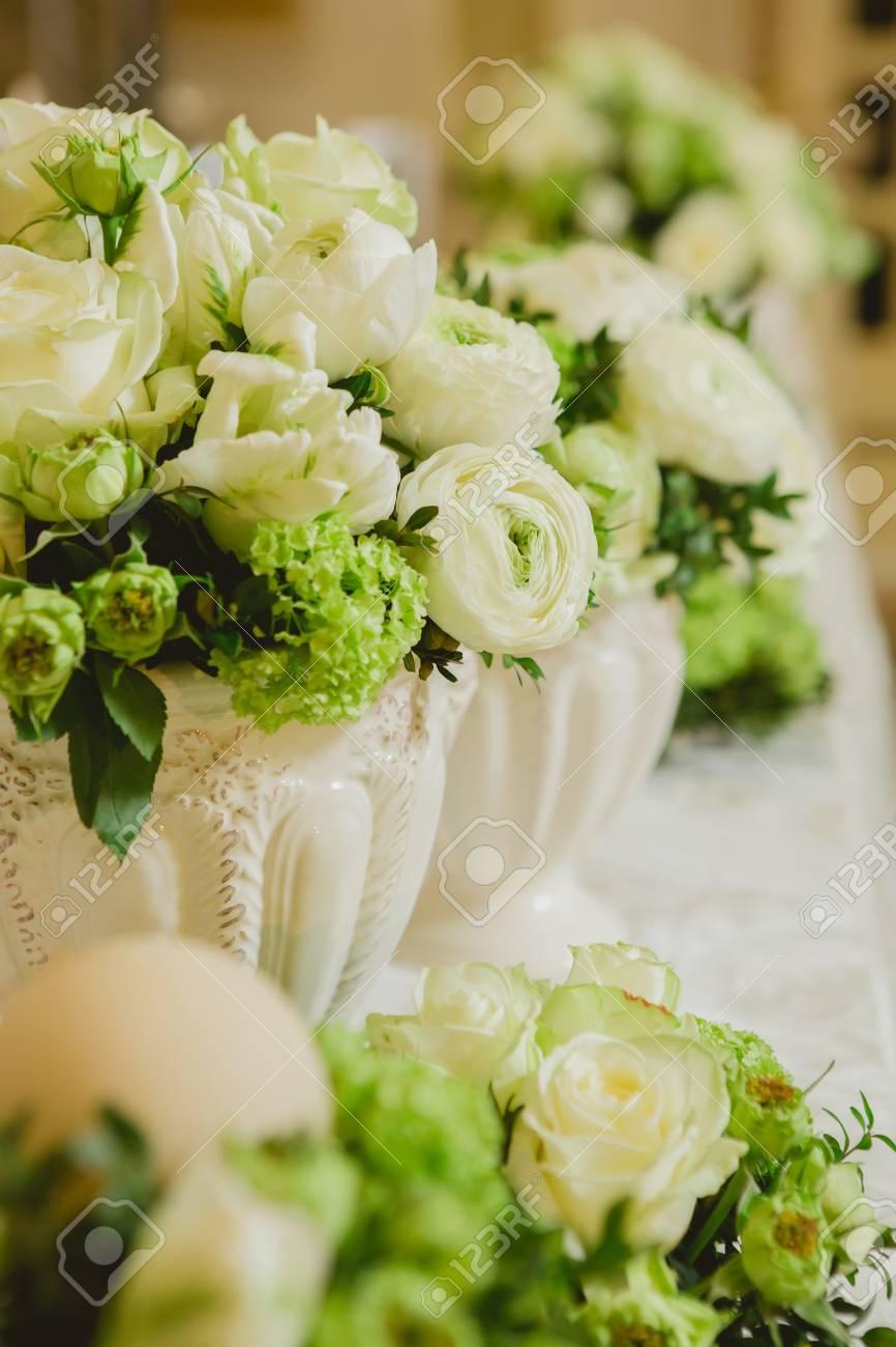 Hochzeit Tischdekoration Hochzeitseinstellung Hochzeit Blumen Auf