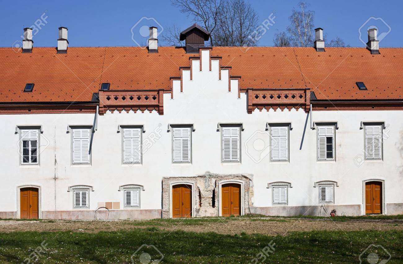 Croatian castle from 16th century, Zapresic Stock Photo - 55122194