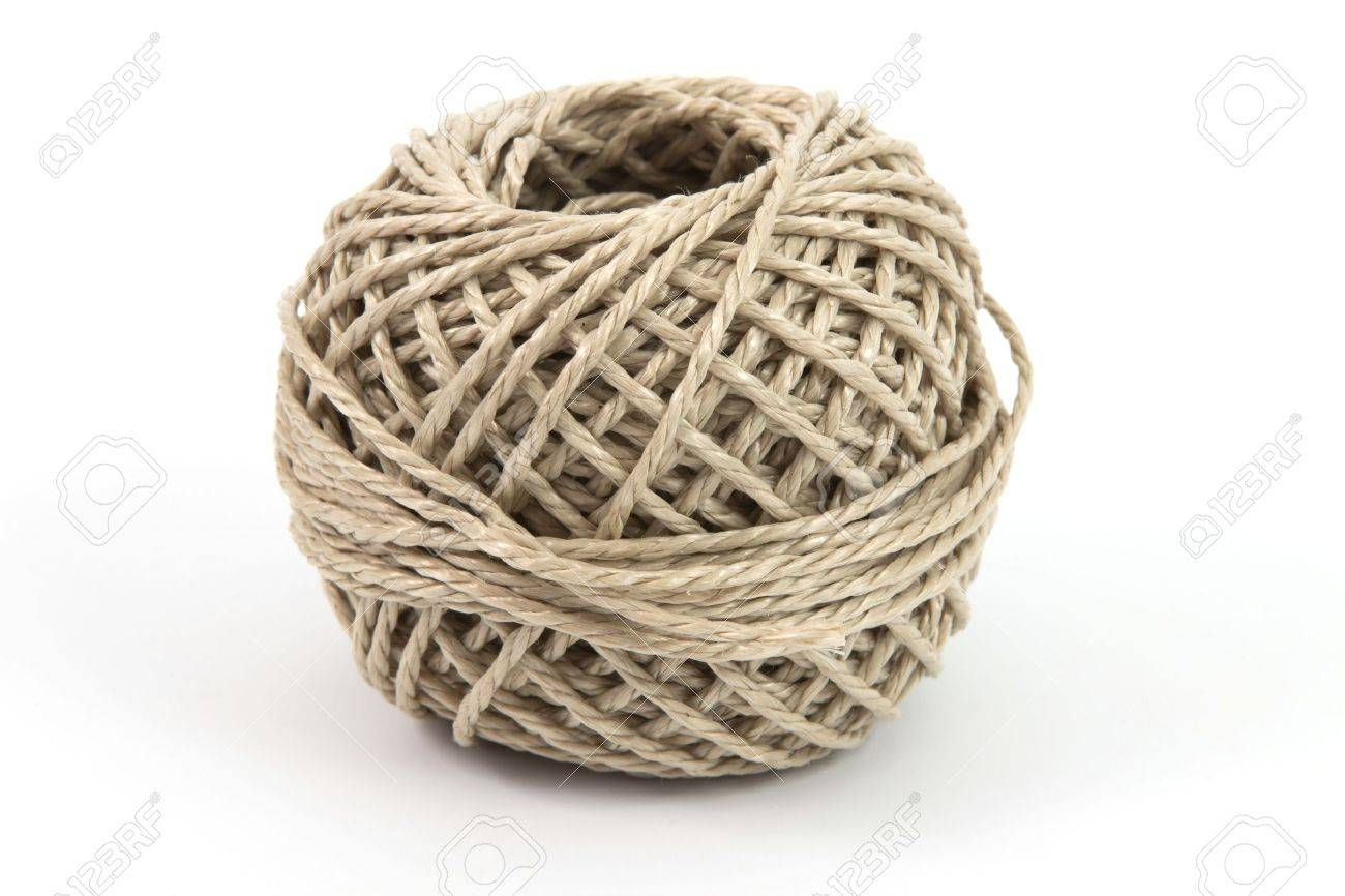 Ball of parcel string with a white background - 11323371