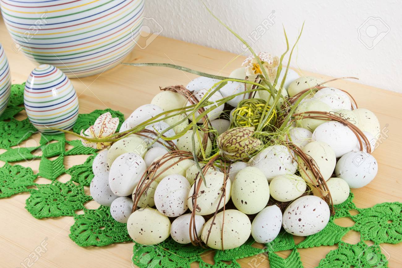 Detail of a wooden table with Easter decoration Stock Photo - 12901004
