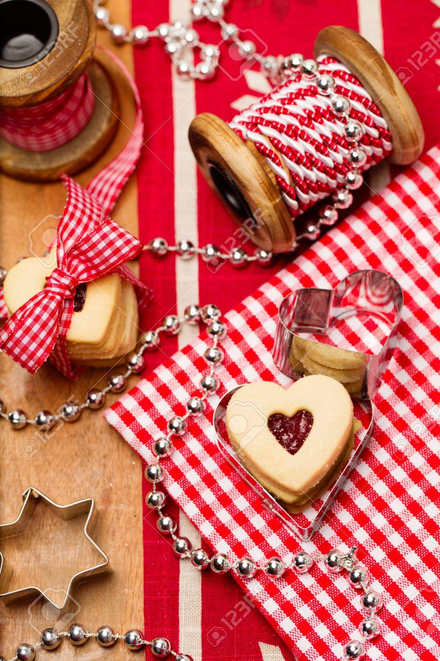 foto de archivo navidad para hornear en forma de corazn hechas en casa galletas jalea ideas de regalo hecho a mano