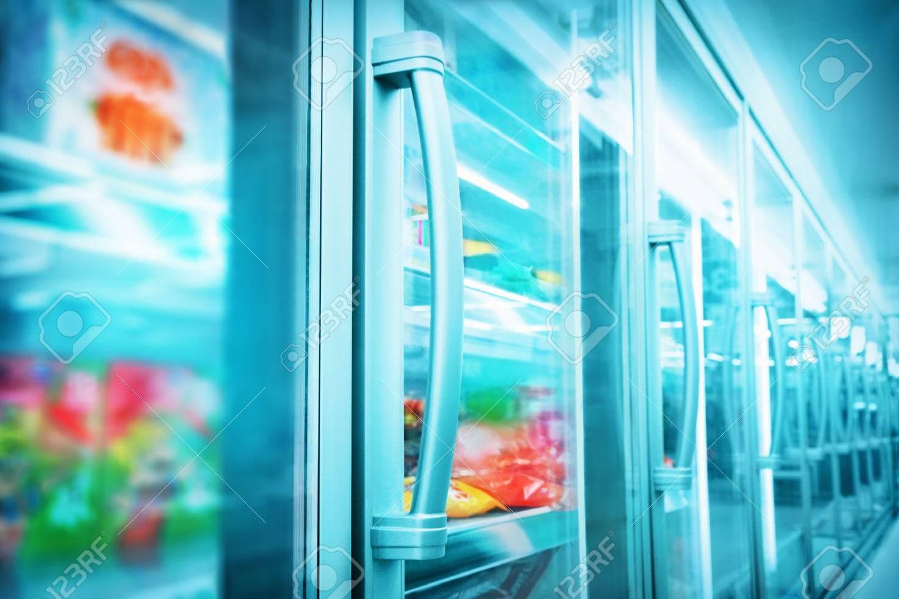 Supermarket - 32007547
