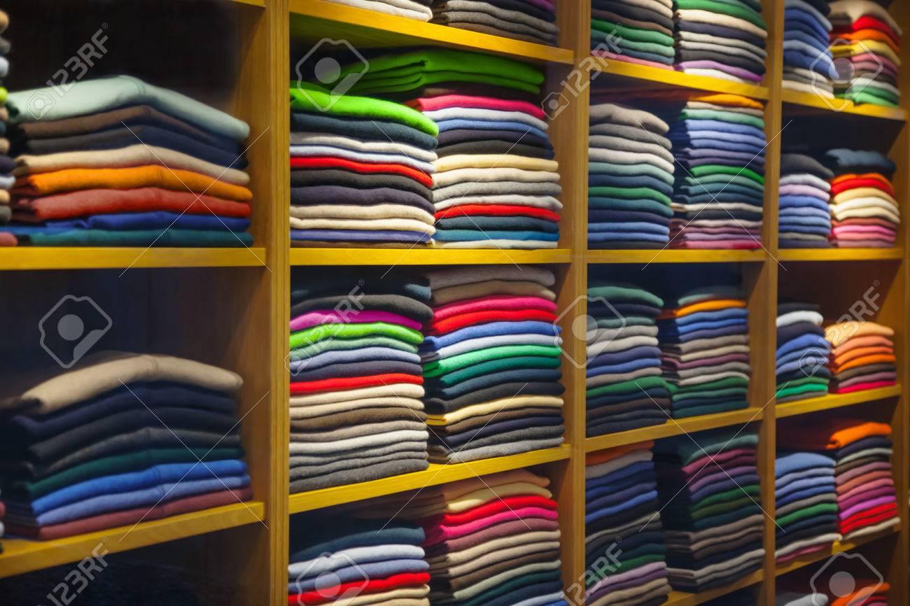Clothes - 51057040
