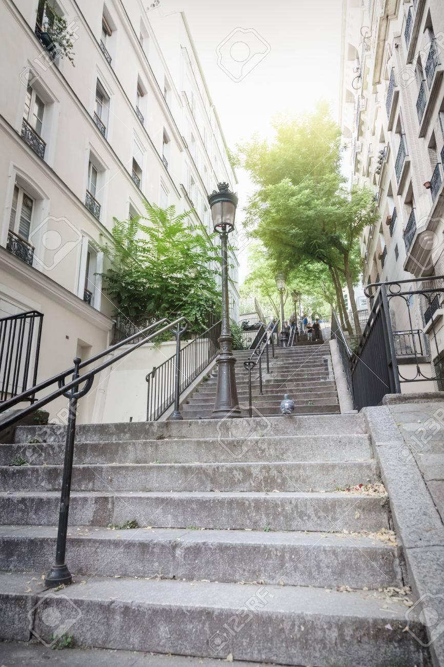 Montmartre Escalier à Paris Banque D\'Images Et Photos Libres De ...