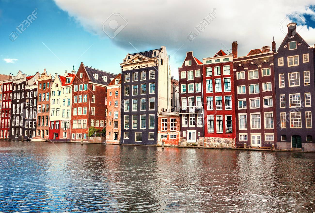 Houses in Amsterdam - 85434324