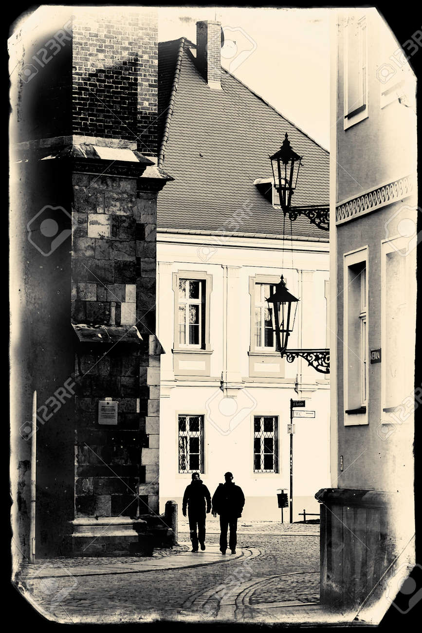 https://previews.123rf.com/images/satori/satori1504/satori150400060/38438913-vintage-postcard-from-wroclaw-poland.jpg